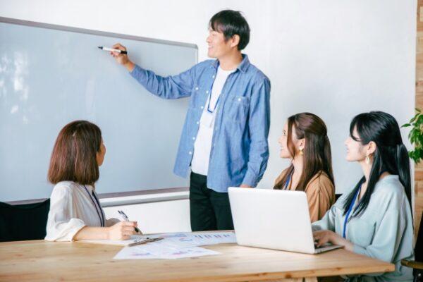 【募集終了】仕事と家庭両立支援推進企業表彰 令和3年度候補企業の募集について
