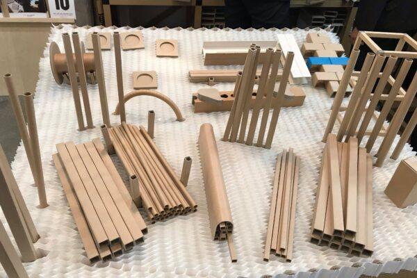 芯金によりさまざまな種類の角型紙管を生産できます。